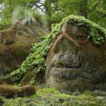 安定感,人生に対する構えなどを意味する「石像」の夢占い9診断